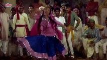 Jhumka Gira Re Bareli Ke Bazaar Mein - Sadhana - Mera Saaya - Old Hindi Songs