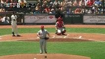 Un enfant sauve son papa en attrapant une balle de baseball