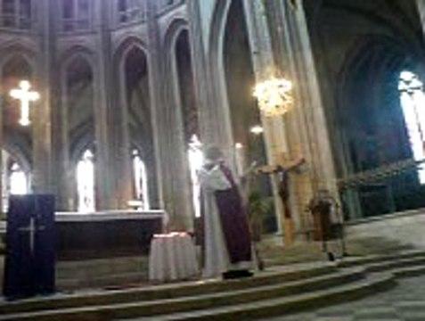Homélie pere girault le samedi 18 juin 2016  Messe à la Cathédrale d'Orleans pour les morts dans la rue