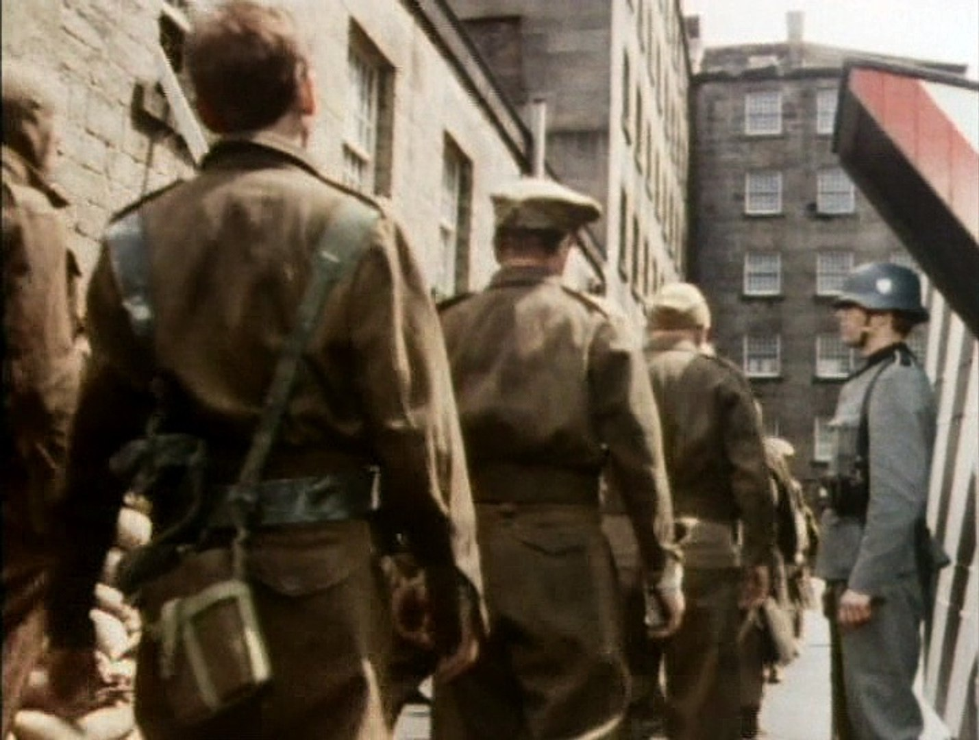 Colditz - TV Series S2, Ep7 - French Leave