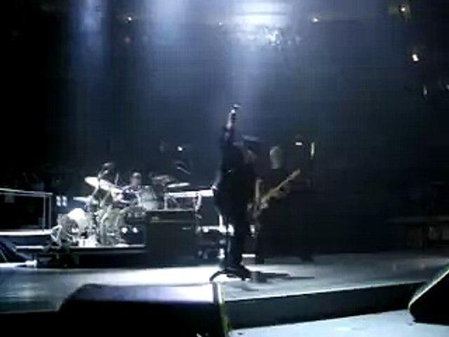 U2 Vertigo Tour Ottawa 11/25/05 - Until the End of the World