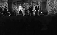 """J'irai revoir ma Normandie  -  Paul Meurisse, Robert Dalban et Marcel Dalio on stage - """"Le Monocle rit jaune"""" de Georges Lautner - Dialogue de Michel Audiard. © 1964"""