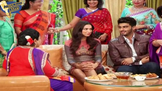 Deepika Padukone Upskirt Moment On The Sets Of Yeh Hai ...