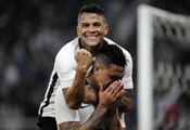 Cássio falha feio, mas Corinthians vence o Santa Cruz em Itaquera