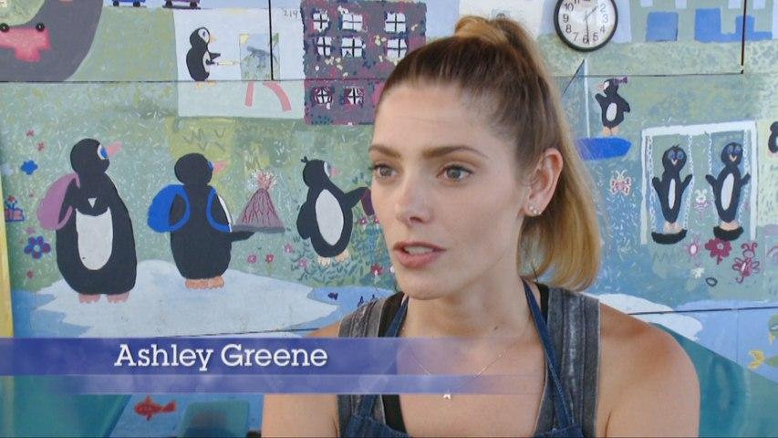Ashley Greene, Darby Stanchfield Feed LA Kids