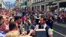 Un policier fait sa demande en mariage en pleine Gay Pride de Londres