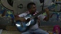 26 de abril de 2013: Pidiendo y cantando en el subte de Buenos Aires
