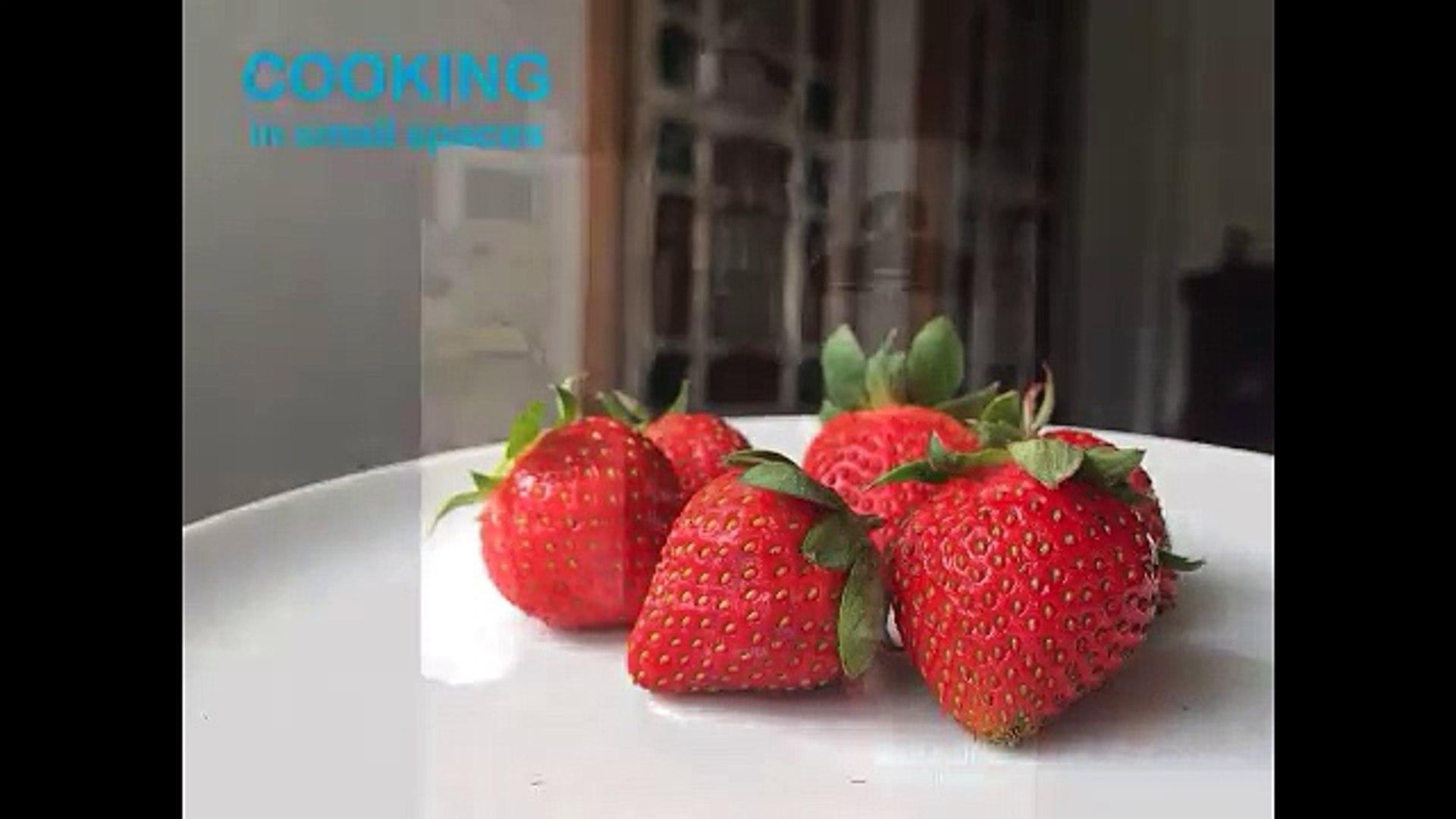 Roasted Strawberry Balsamic Vinaigrette