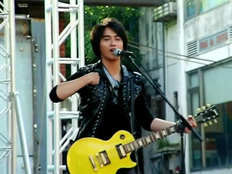 2009.5.29終極三國西門紅樓慶功簽唱會 PART.9 夠愛