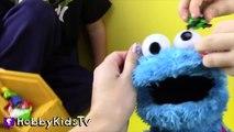 World's Biggest COOKIE MONSTER Surprise Egg! Sesame Street Toys HobbyKidsTV_3
