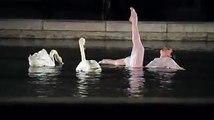 Une chorégraphie surprenante : Marie-Agnès Gillot fait danser les cygnes... Un moment de grâce absolu