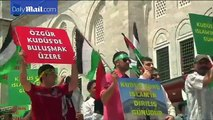 Hundreds show solidarity with Palestinians on Quds Day