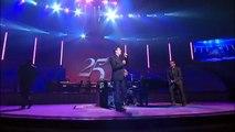 Exáltate - Mas el Dios de toda Gracia -Danilo Montero   Marcos Witt   25 Concierto Conmemorativo