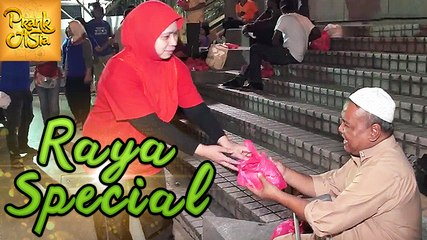 Helping Hand | Raya Special In Malaysia | Prank Asia