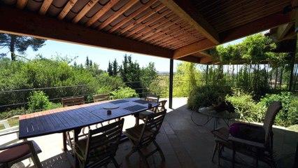 Aix-En-Provence - Vente Villa contemporaine 231 m² sur Terrain 4560 m² avec Piscine