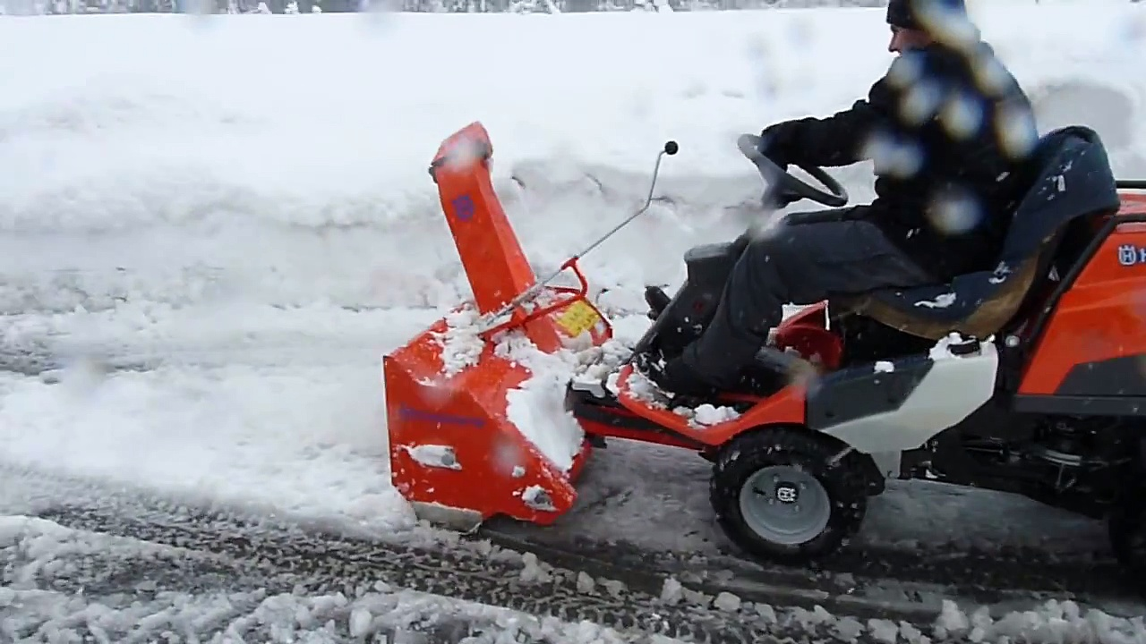 RIDER HUSQVARNA PR 17 AWD  snow