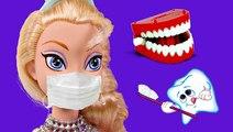 Dr. Elsa the Dentist fixes Harley Quinn's Yellow Teeth | Barbie Superhero Episodes on DCTC