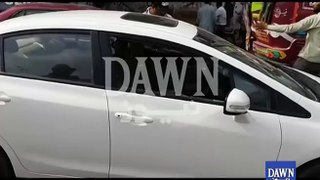 Amjad Sabri's Car (Exclusive video) Amjad Sabri's dead body just after shot in Car