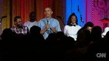 Obama sings Happy Birthday to Malia