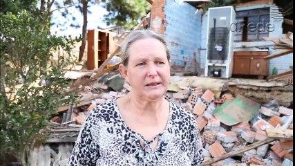 Alicerce cede e família perde casa em PG