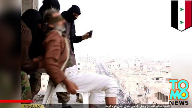 ISIS throw man off building for being gay and crowd stonned him to death