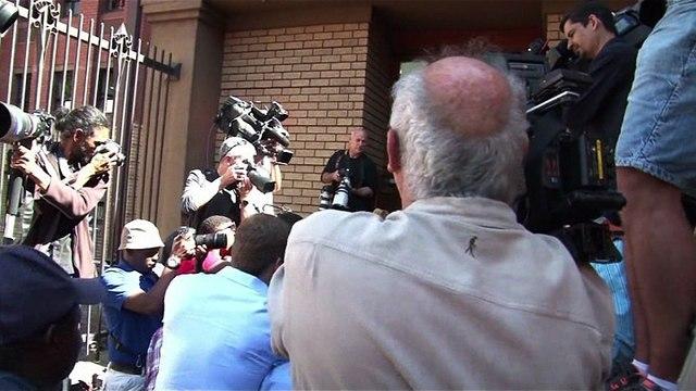 Retour à la case prison pour Pistorius condamné à 6 ans de détention pour meurtre