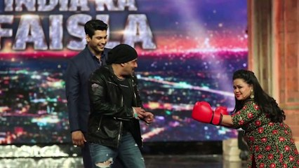 Salman Khan fights with Bharti Singh at India's Got Talent finale    Latest Bollywood News    News Adda