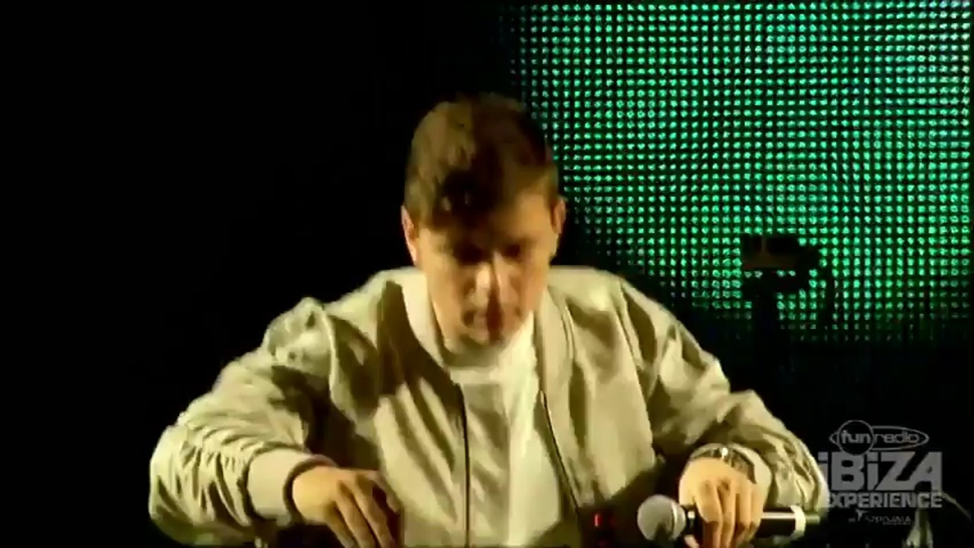 Martin Garrix - Live Fun Radio Ibiza Experience [08.04.2016]