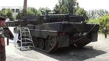 Leopard 2 Sound - Engine (Motor) start, full throttle (Vollgas), engine (Motor) stop