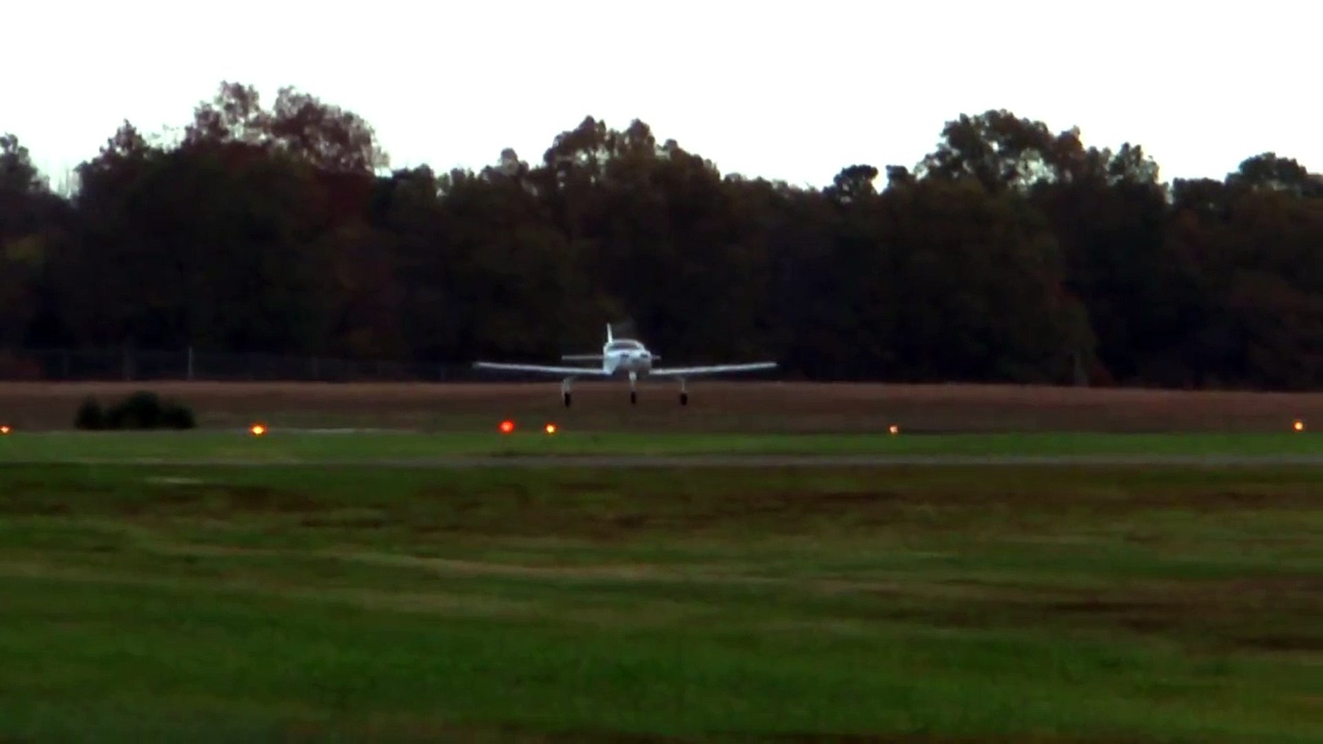 Glasair III, N540DS landing at KHWY on 10/20/12