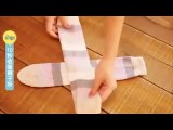 Vous pensez bien replier vos chaussettes ? Voici la BONNE méthode !