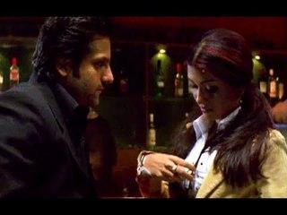 Fardeen Khan Asking For Favour From Koena Mitra   Ek Khiladi Ek Haseena   Bollywood Movie