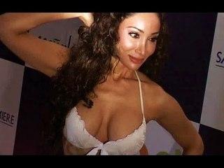 Sophiya Hayat's H0t Bikini Photoshoot