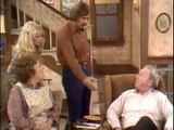 08. All in the Family S3 E04 - Gloria and the Riddle
