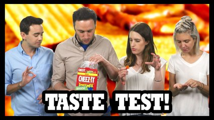 We're Finally Trying Sriracha Cheez-It Snack Mix! - Food Feeder