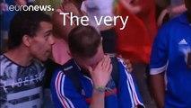 Euro 2016 : un jeune supporter portugais réconforte un Français