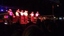 Le strip-tease des pompiers au bal