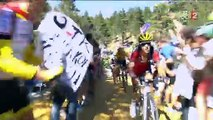 Tour de France Chris Froome chute en pleine course et termine sa course à pieds_512x384