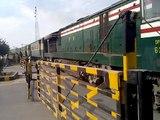 PAKISTAN RAILWAYS 17 UP MILLAT EXPRESS DEPARTURING FROM TOBA TEK SINGH