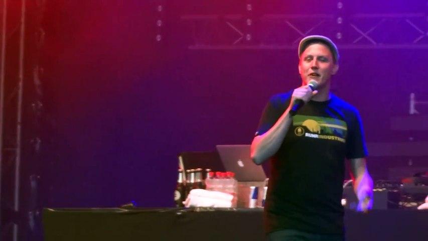Sebastian 23 - Unter der Oberfläche (live) @ Heimaterbe Festival Essen 03.08.2012