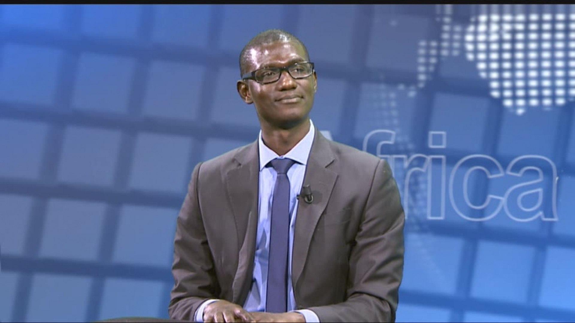 AFRICA NEWS ROOM - Bénin : Moderniser l'administration pour la rendre performante (2/3)