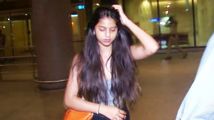 Shahrukh Khan's Daughter Suhana Khan Spotted At Mumbai Airport