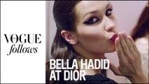 Dans les pas de Bella Hadid au défilé Dior haute couture | #VogueFollows | VOGUE PARIS
