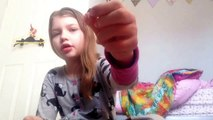 Madnix make pipe cleaner ring using beads and safety pins