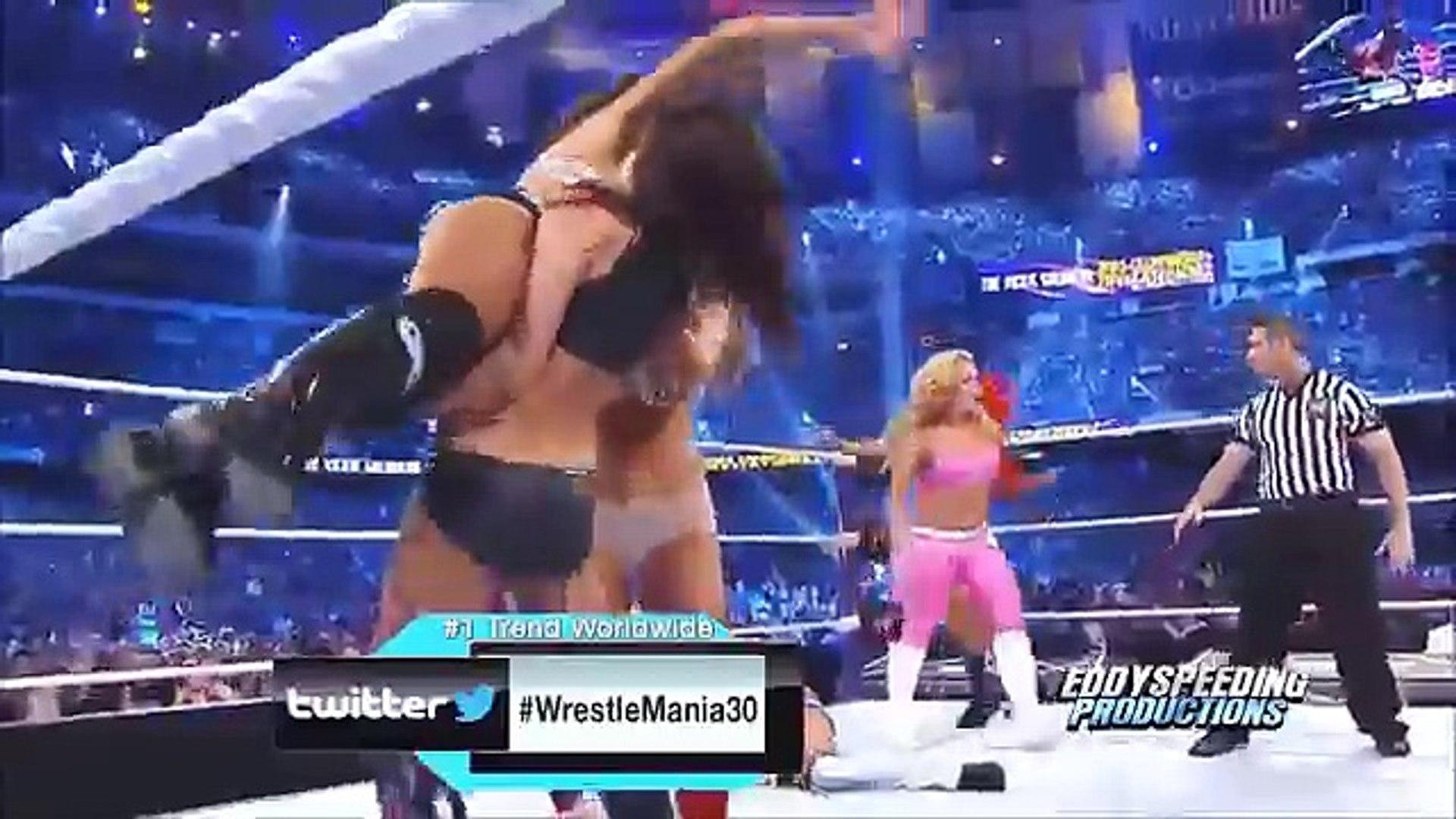 WWE Divas Epic Fails Match - WWE Women Bloobers 22-July-2016