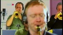 SWR Big Band:  17 musicians - 1 sound