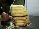 Pour l'anniversaire de son papa, elle réalise un gâteau qui va vous laisser bouche bée !