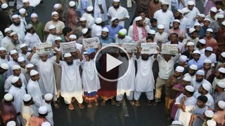 Bangladesh protest for Islamic laws
