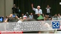 Bernie Sanders hué lorsqu'il appelle à voter pour Hillary Clinton