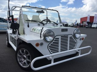 """[Les experts] E-moke : la voiture de la série """"Le prisonnier"""" en version électrique"""